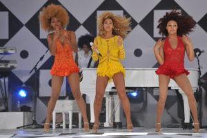 Beyoncé_Knowles_GMA_Single_Ladies_(Put_a_Ring_on_It)